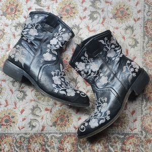 Women's Taos Mid-Calf Embroidered Boots